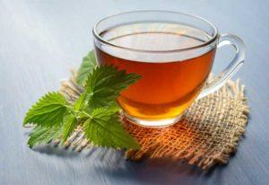 Kopje thee gezet van losse thee